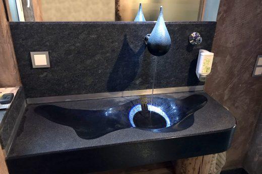 Wasserhähne aus Stein